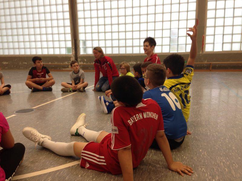 SMS Fußball